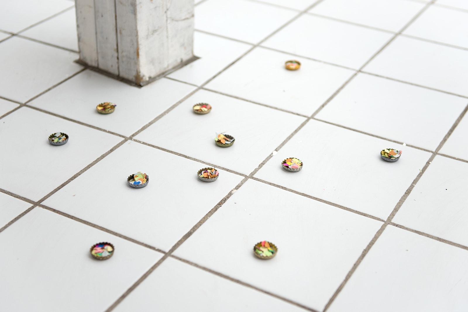 Confetti - Beer caps, confetti, 2013